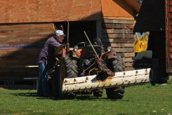 ROGER_and_TRACTOR_2009-04-21-6159