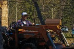 ROGER_on_TRACTOR_2009-04-21-6157