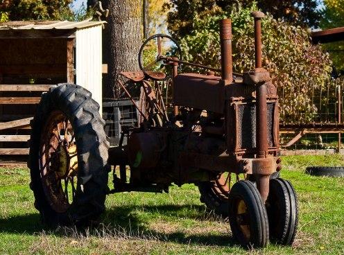 V&V-Old-Tractor2_1544