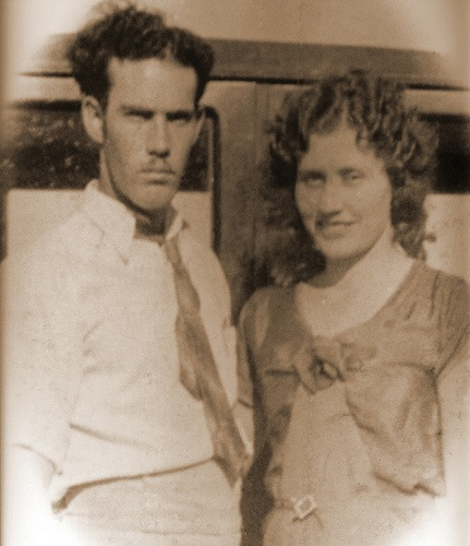 Claude and Nina on their wedding day April 15, 1932