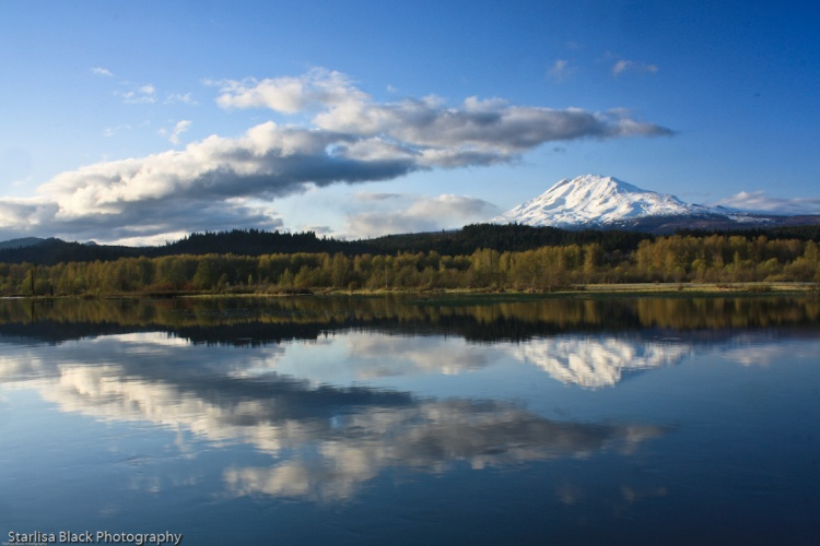 Mt.Adams_reflections2_05142009-0414