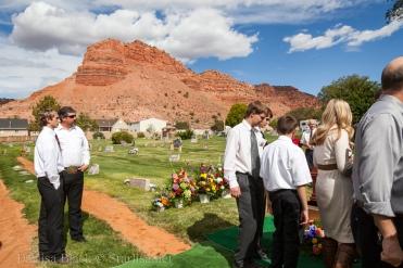 VeldonBlack-Funeral-Graveside-8021