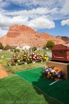 VeldonBlack-Funeral-Graveside-8032