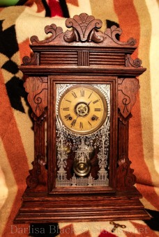 Moms-Old-Clock-websize-7426