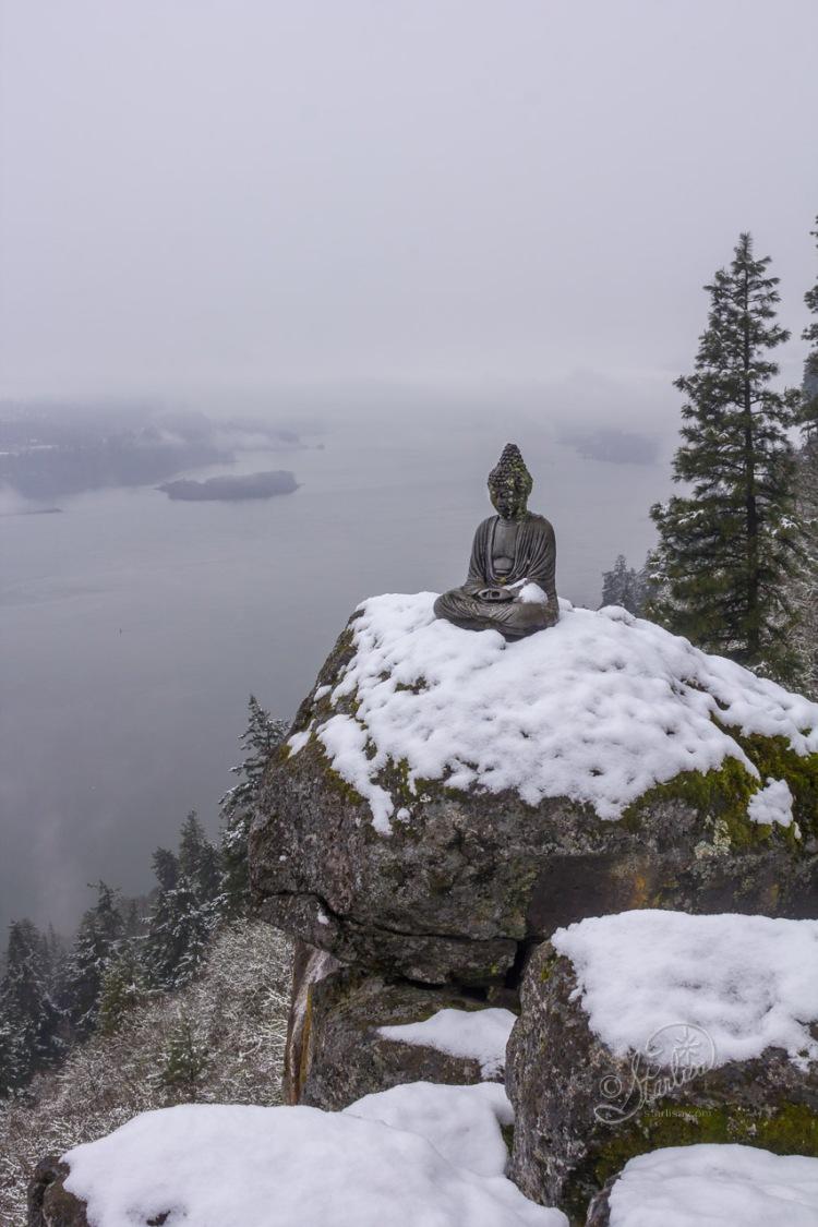 Buddha-in-Snow-9821